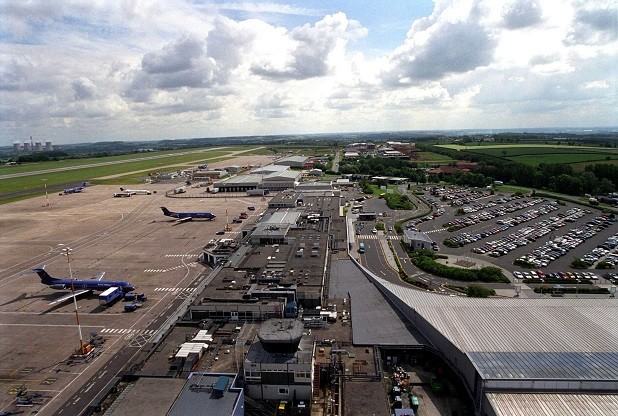 East Midlands Airport's runway will close during the weekends in November and December