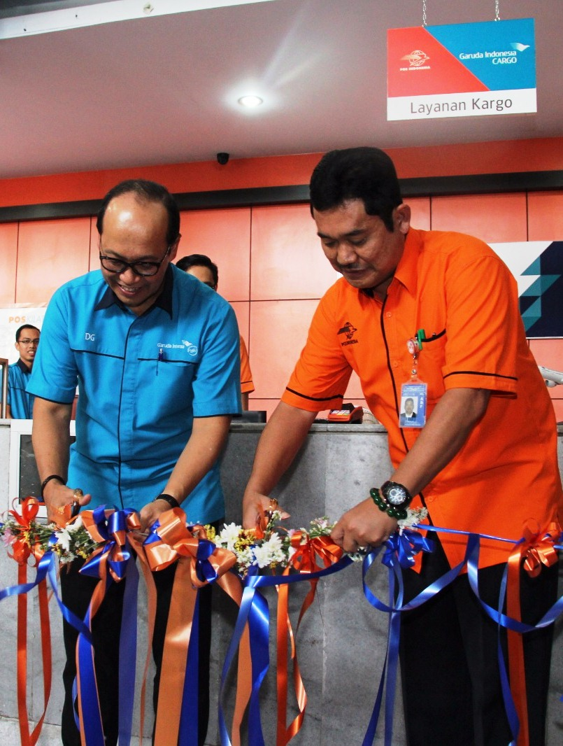 Infopenerbangan.com/Garuda Indonesia bersama pos indonesia